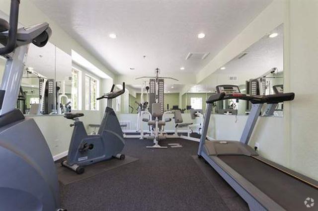 meadow-creek-apartments-san-marcos-ca-fitness-center.jpg