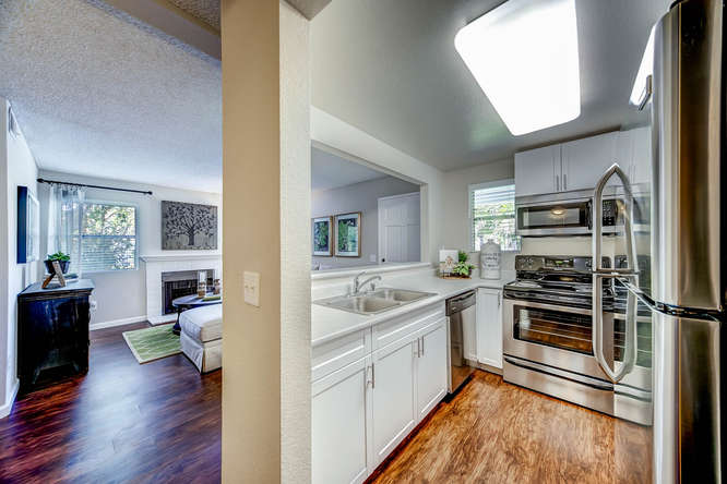 sycamore-greens-apartment-homes-vista-ca-building-photo (4).jpg