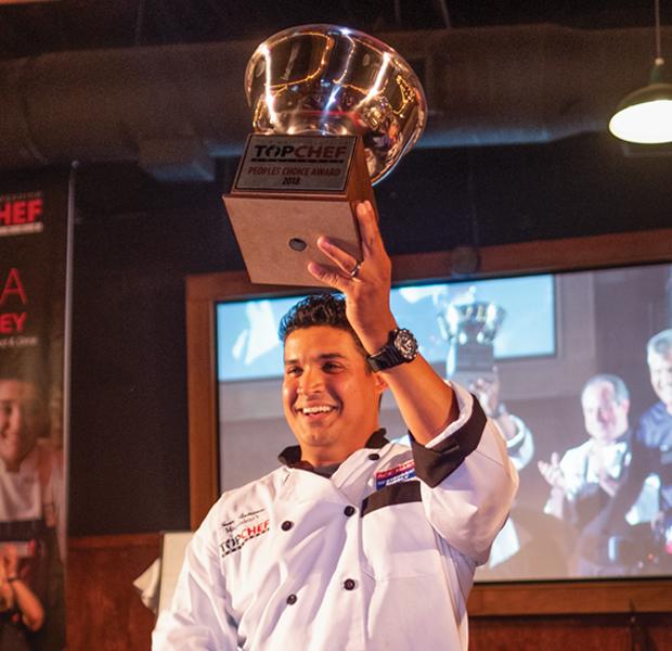 Juan-Rodriguez-Poples-Choice-Award.jpg