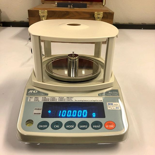 A&D FX-300iN *This is our most popular lab balance scale we sell, it will count down to 1,000th of a gram. *When sold we like to calibrate where it will be placed in a permanent spot do to how incredibly sensitive they're.