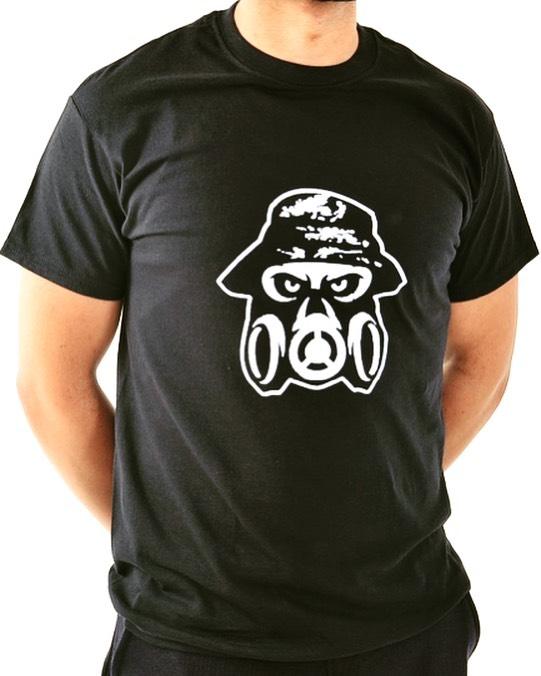 Black Reflective T-Shirts dropping 14/07/19 #reflective #pootd #streetwear #r1