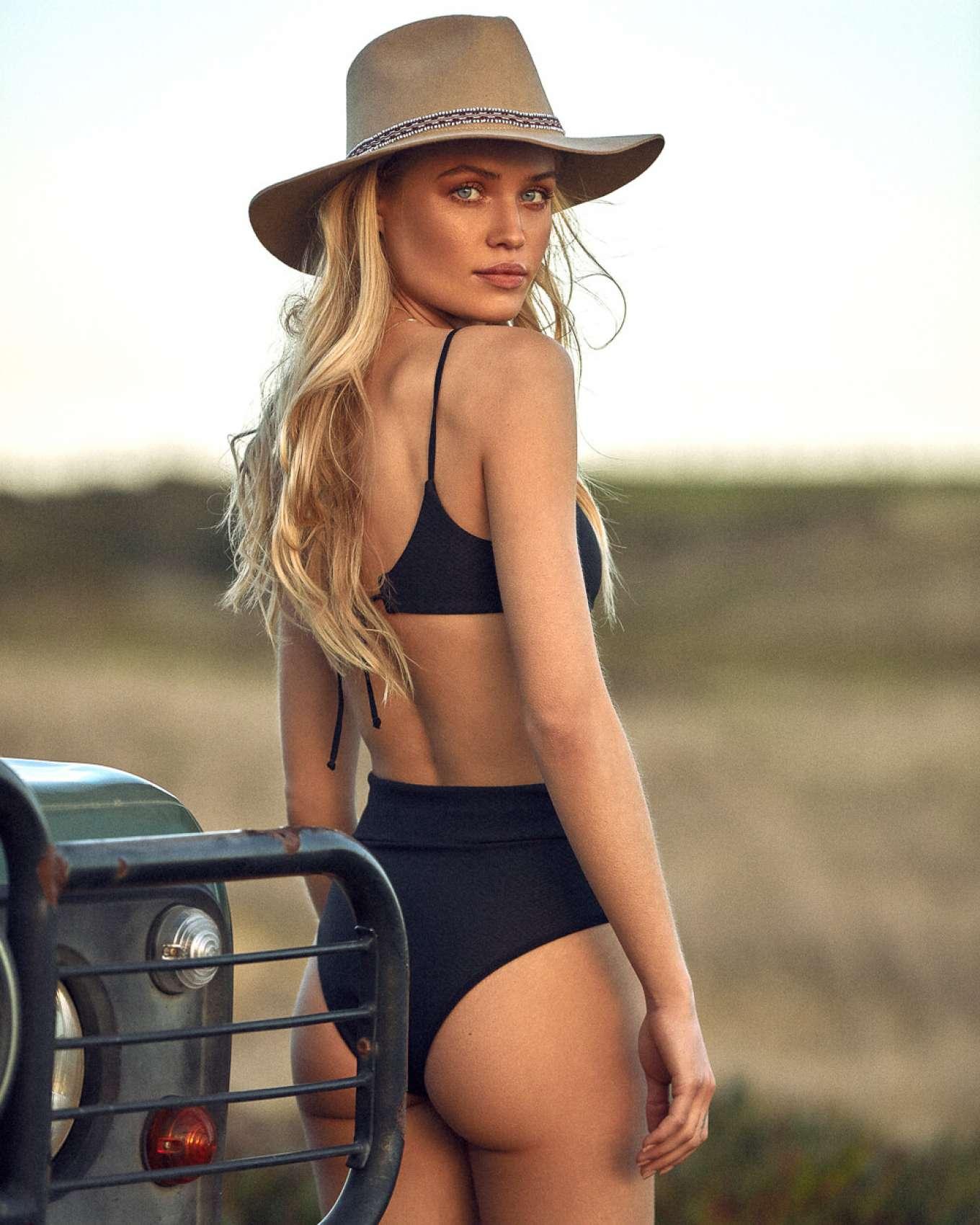Camilla Christensen - LATITID Swimwear 2019