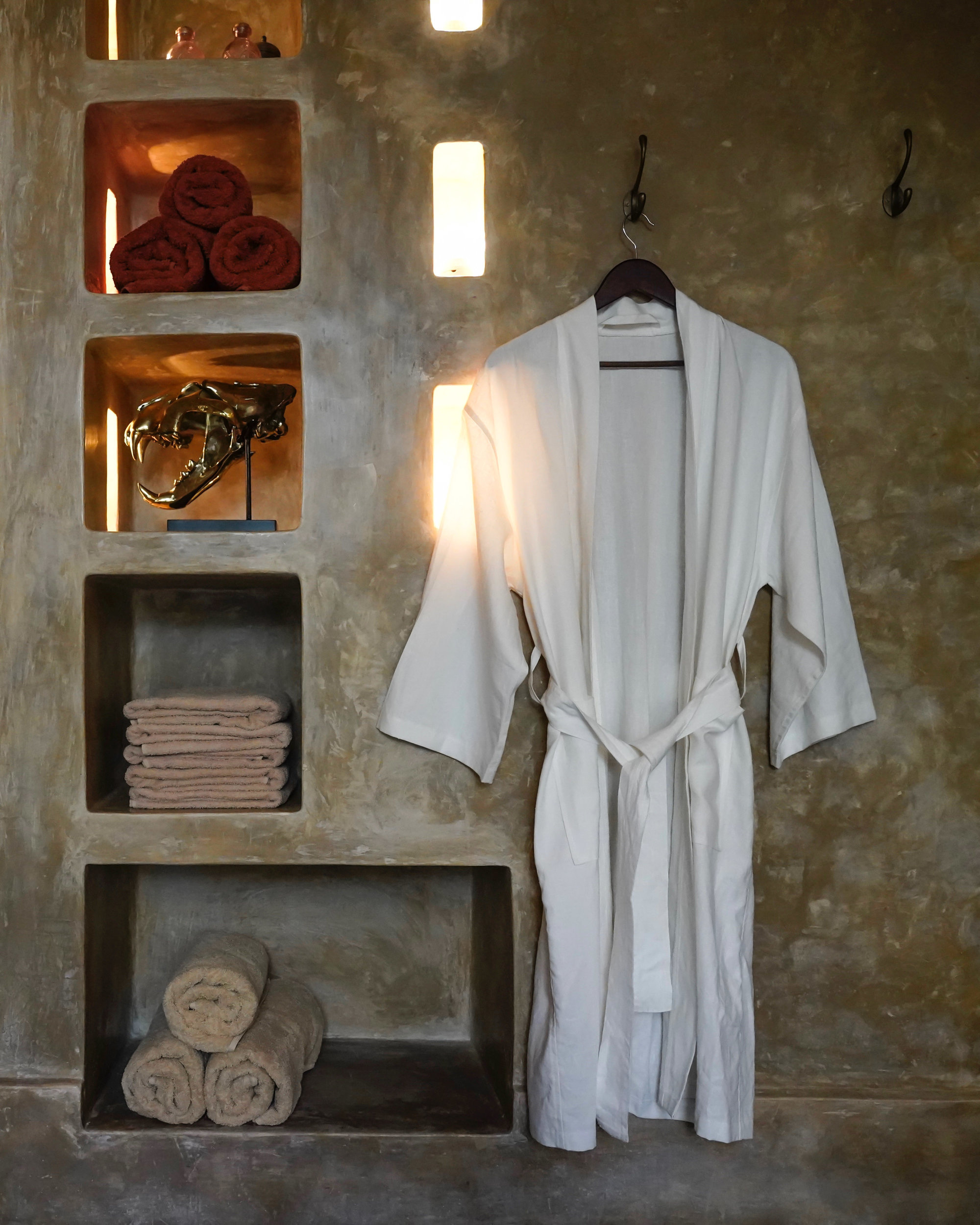 sooka+interior+interior+design+with+mooncloth+designs+hemp+silk+robe+kimono+for+spa+and+loungewear