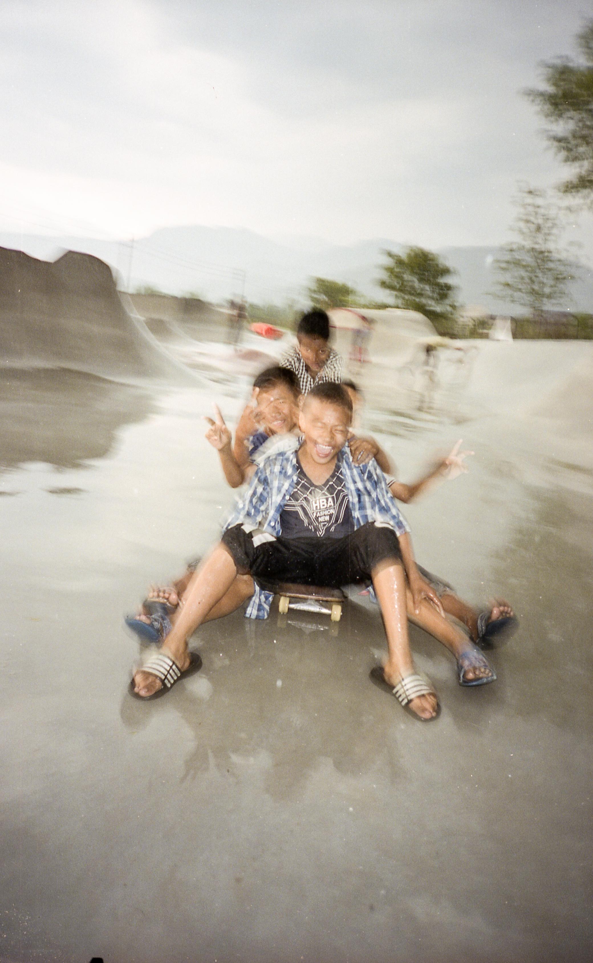 Kids in Pokhra, Nepal - Photo: Ben Hermans