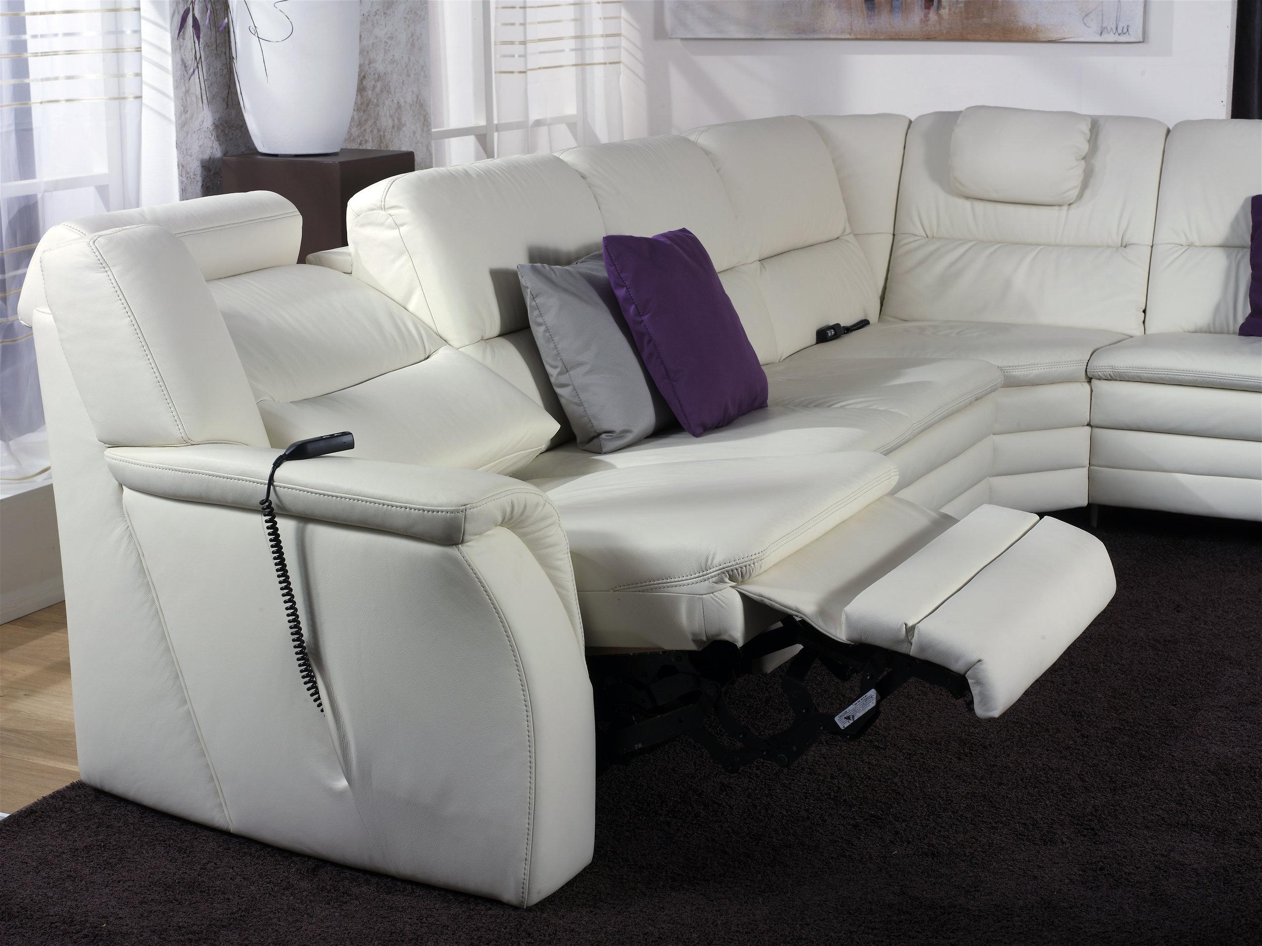Relax électrique en bout de canapé