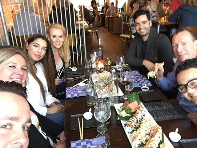 Lekker etentje met ons topteam🌟🌟 @vigo_seafoodbar  #itera  #nmr1