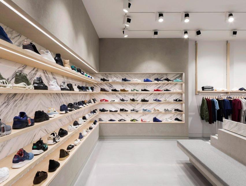 end-clothing-brinkworth-interior-design-glasgow-scotland_dezeen_2364_col_10-852x646.jpg