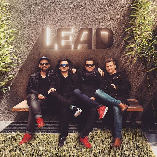 The Boyz 😎😎😎😎 #boyz #boyzinthehood #team #whocares #lead #leadinnovation #design #vienna #austria #architects #redshoes #sunglasseslover #bamboo #nature #greenarch #woodisgood #lightlogo #client @lead_innovation_management