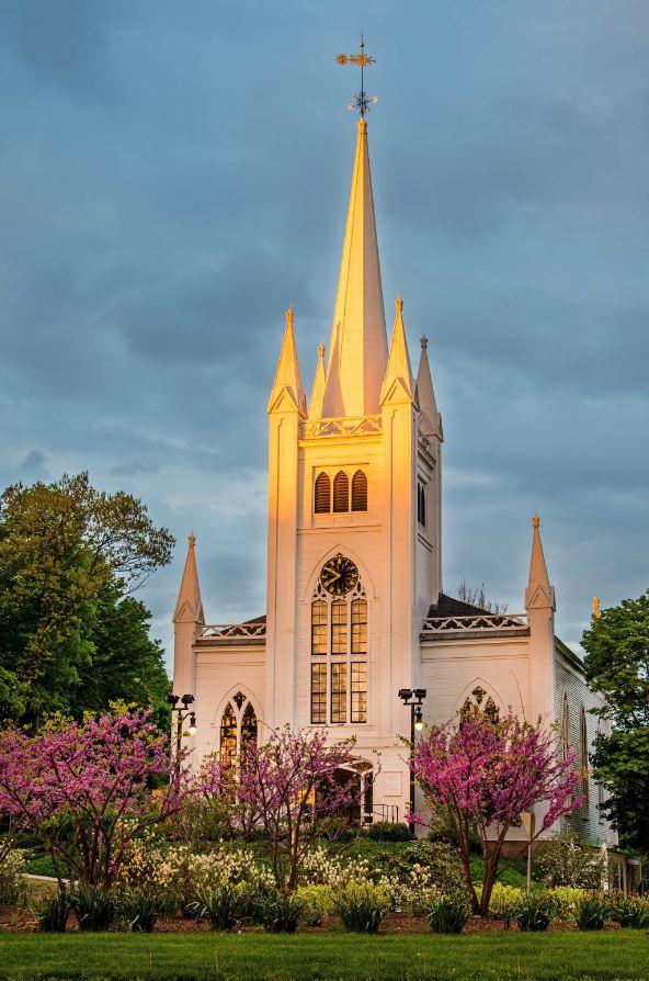 Steve's church in spring 2014 (2).jpg