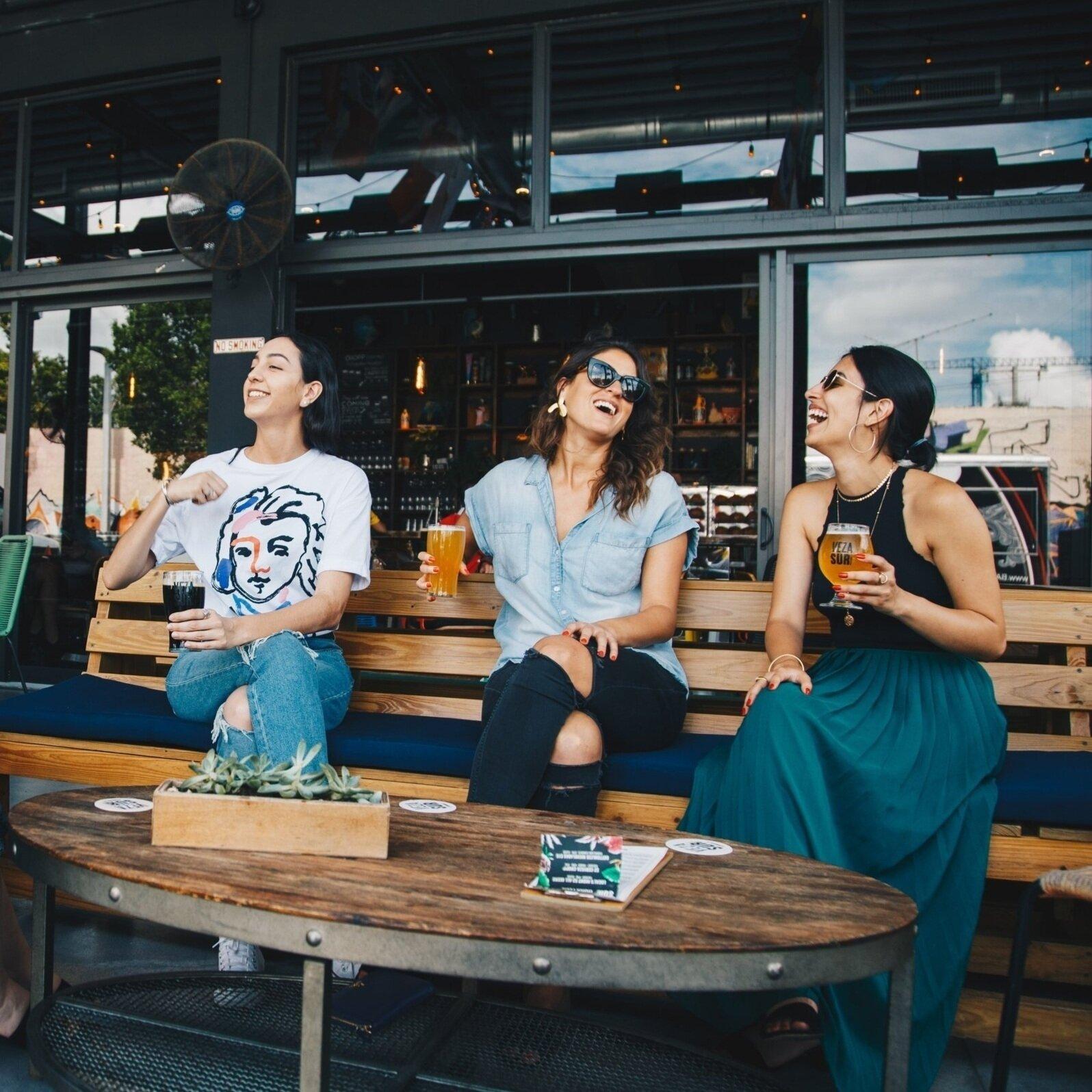 adults-alcoholic-beverages-bar-1267697.jpg