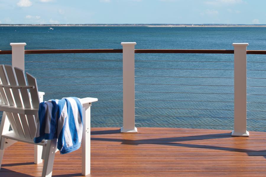 lifestyle_cr_ext_shore-deck_LG.jpg