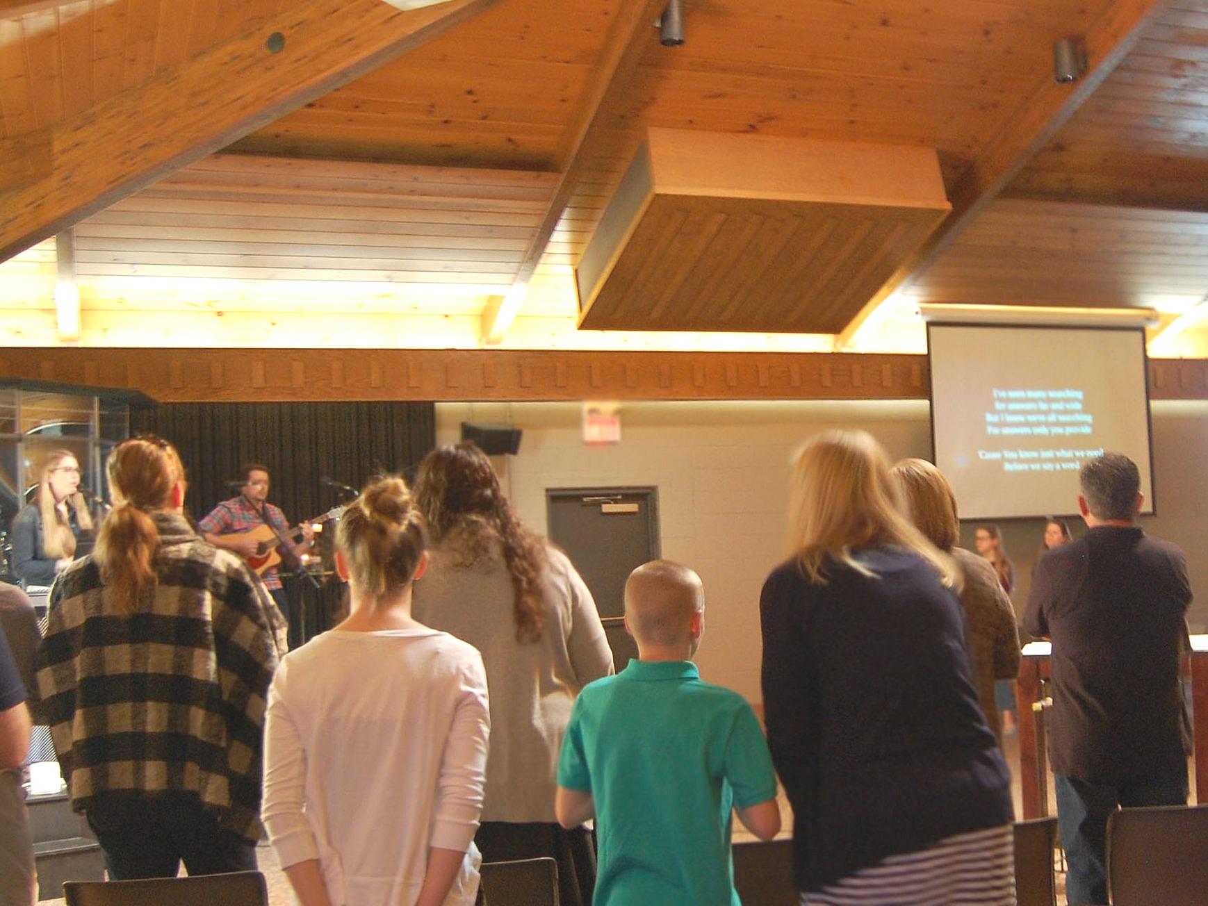 gathering+worship+2.jpg