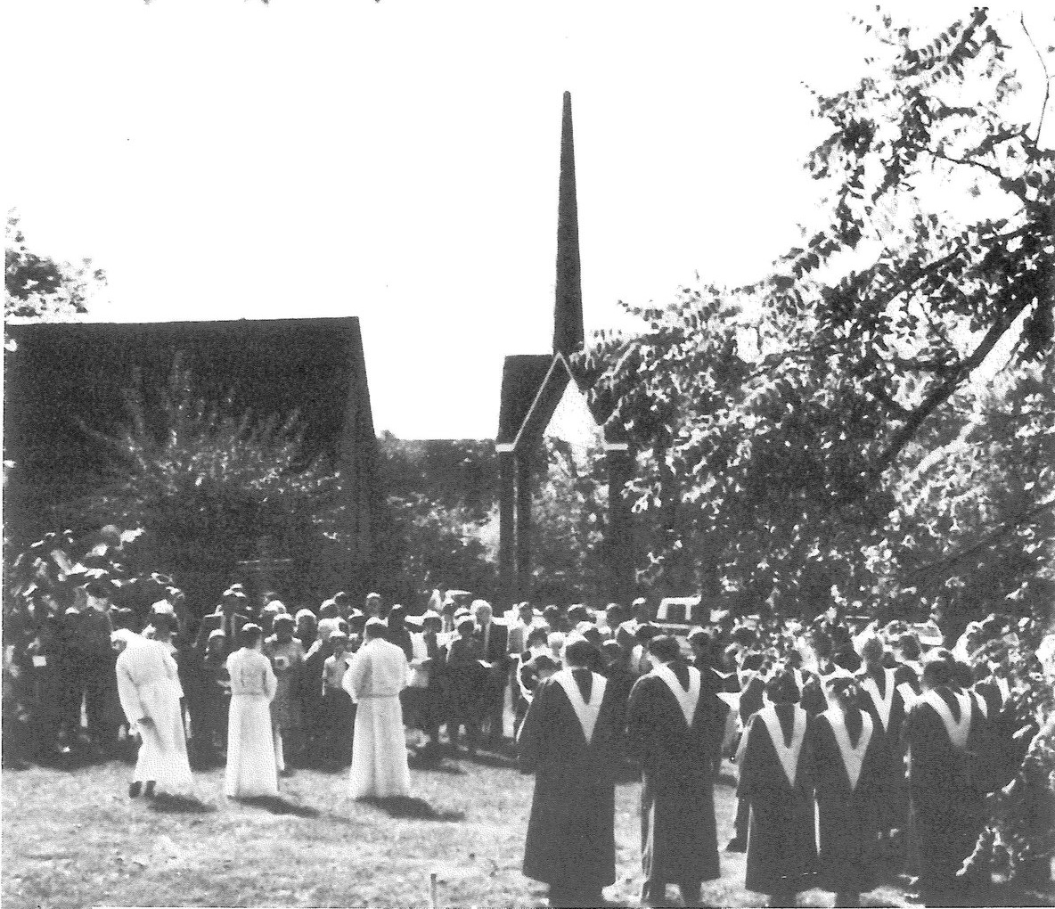 All+Saints+Lutheran+Church+1982.jpg