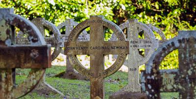 original-tomb-in-rednal-where-cardinal-newman-was-buried_48154409431_o-2.jpg