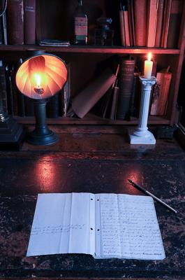desk-of-cardinal-newman-birmingham-oratory_48154780677_o-2.jpg