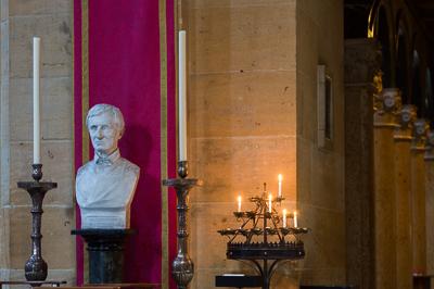 bust-of-cardinal-newman-birmingham-oratory_48144331052_o-2.jpg