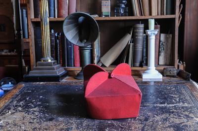 red-hat-worn-by-cardinal-newman-birmingham-oratory_48154740767_o-2.jpg