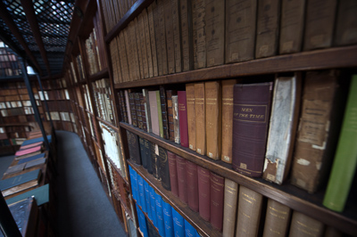 private-library-of-cardinal-newman-birmingham-oratory_48144246391_o-2.jpg