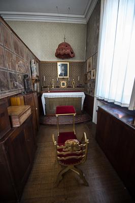 private-chapel-of-cardinal-newman-birmingham-oratory_48143474926_o-2.jpg