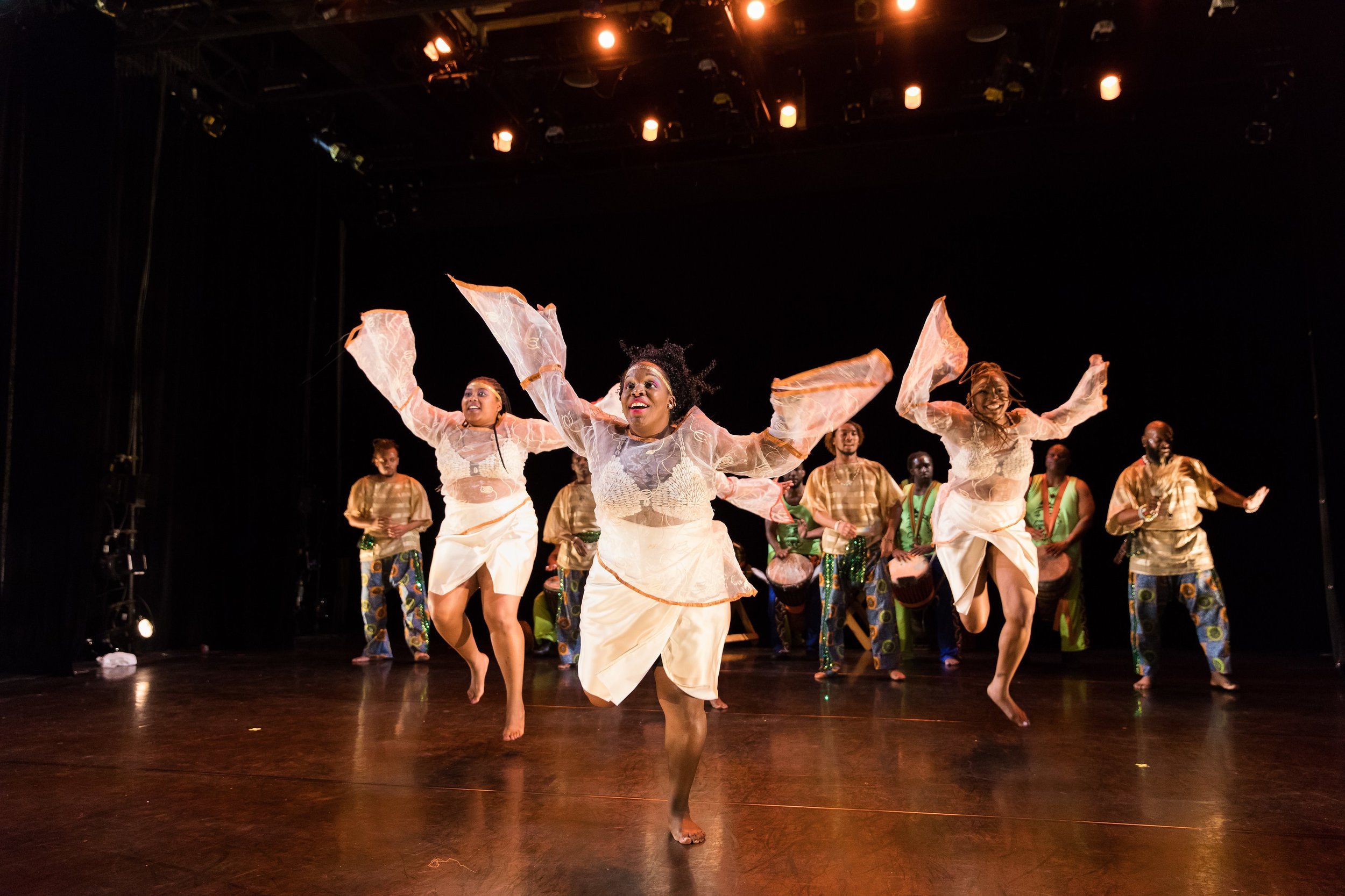 KanKouran West African Dance Company: Photo by Jonathan Hsu