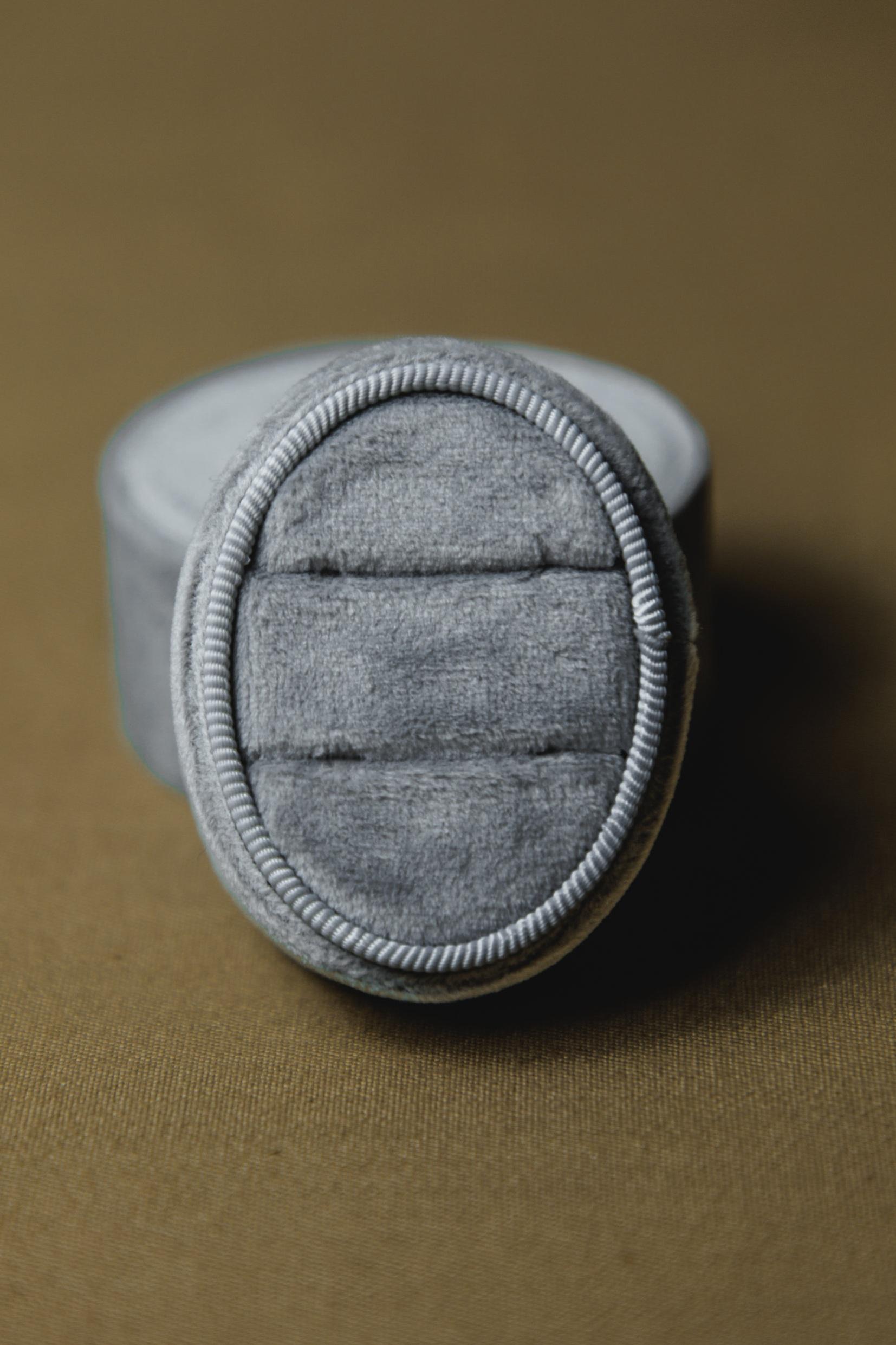 $15 | Light Gray Velvet Oval Ring Box