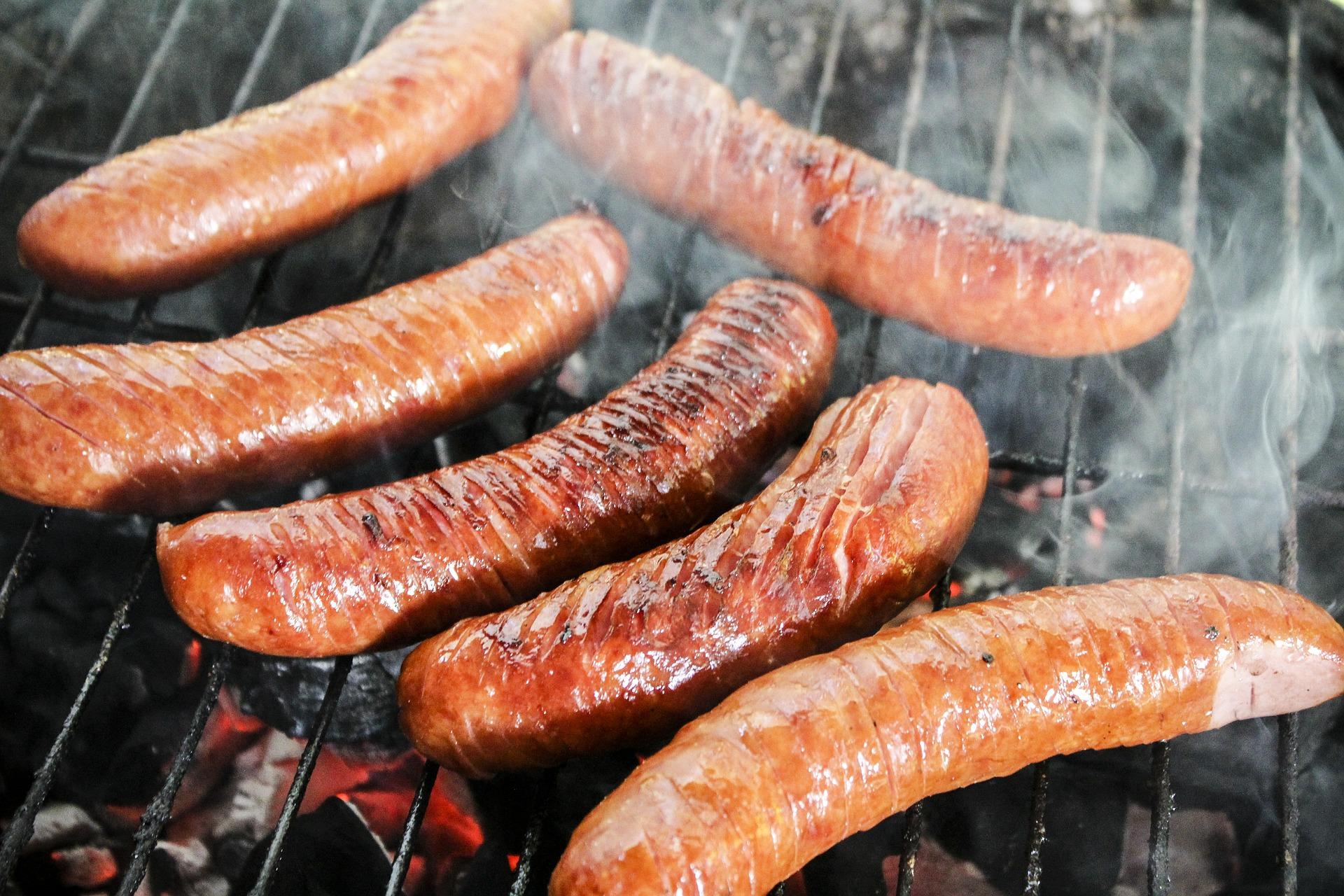 sausage-398596_1920.jpg