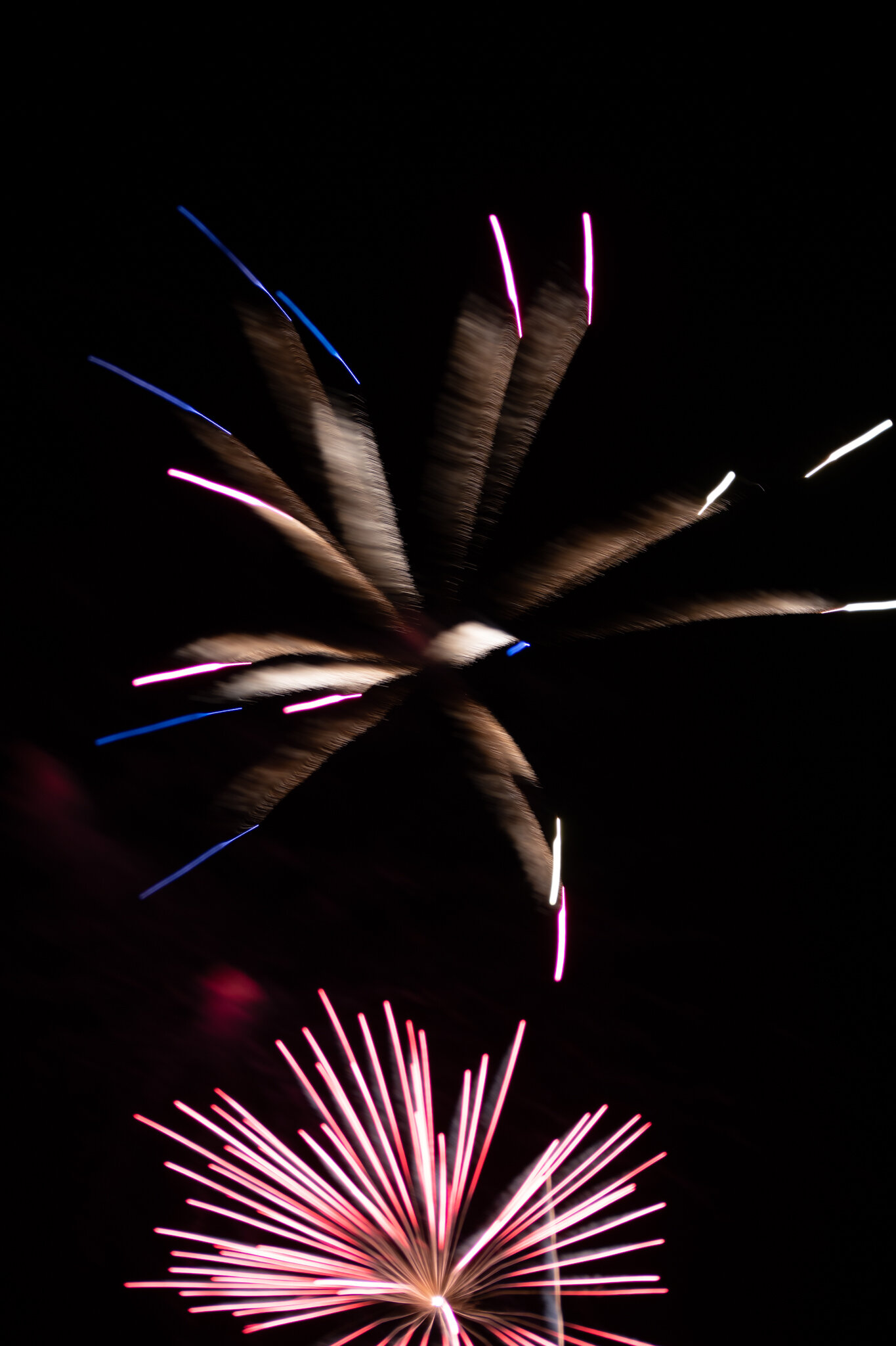 focuspulledfireworks-4.jpg
