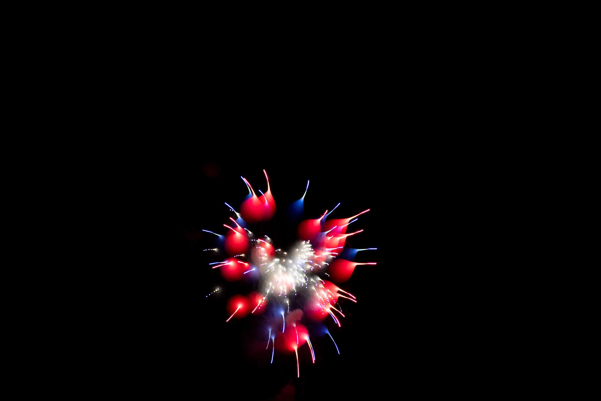 focuspulledfireworks-33.jpg