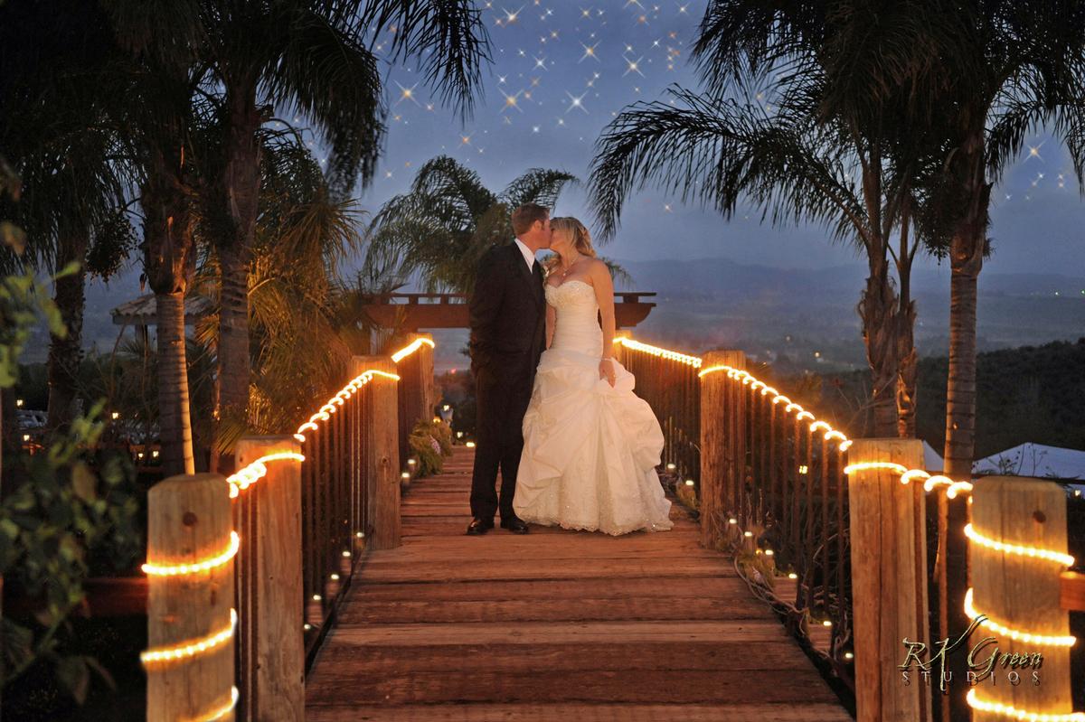 RK Green Studios Wedding Bridge Stars Temecula 5.jpg