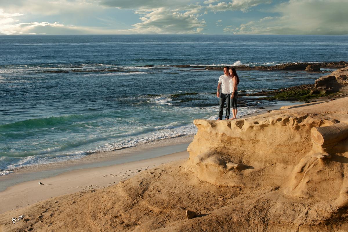 RK Green Studios La Jolla Ocean Beach cliffs Engagement 4.jpg