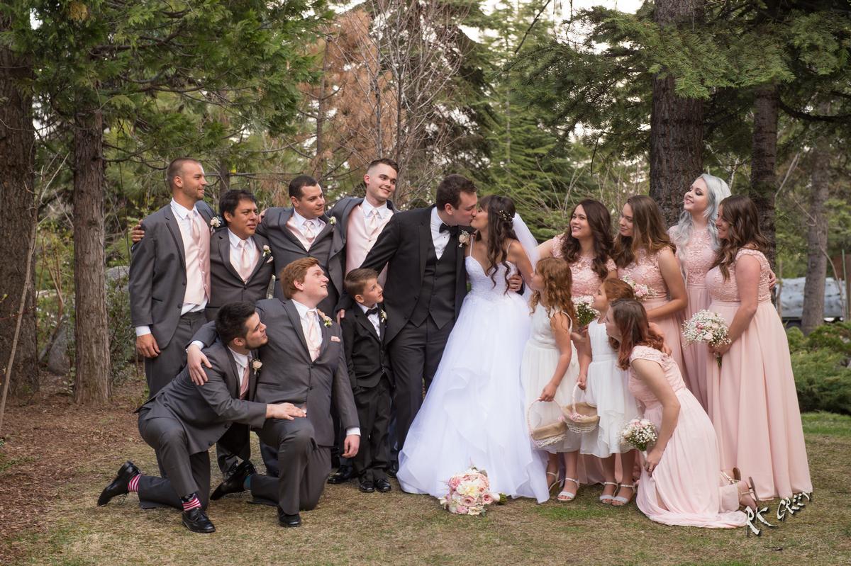 RK Green Studios Yosemite Bridal Party 6.jpg