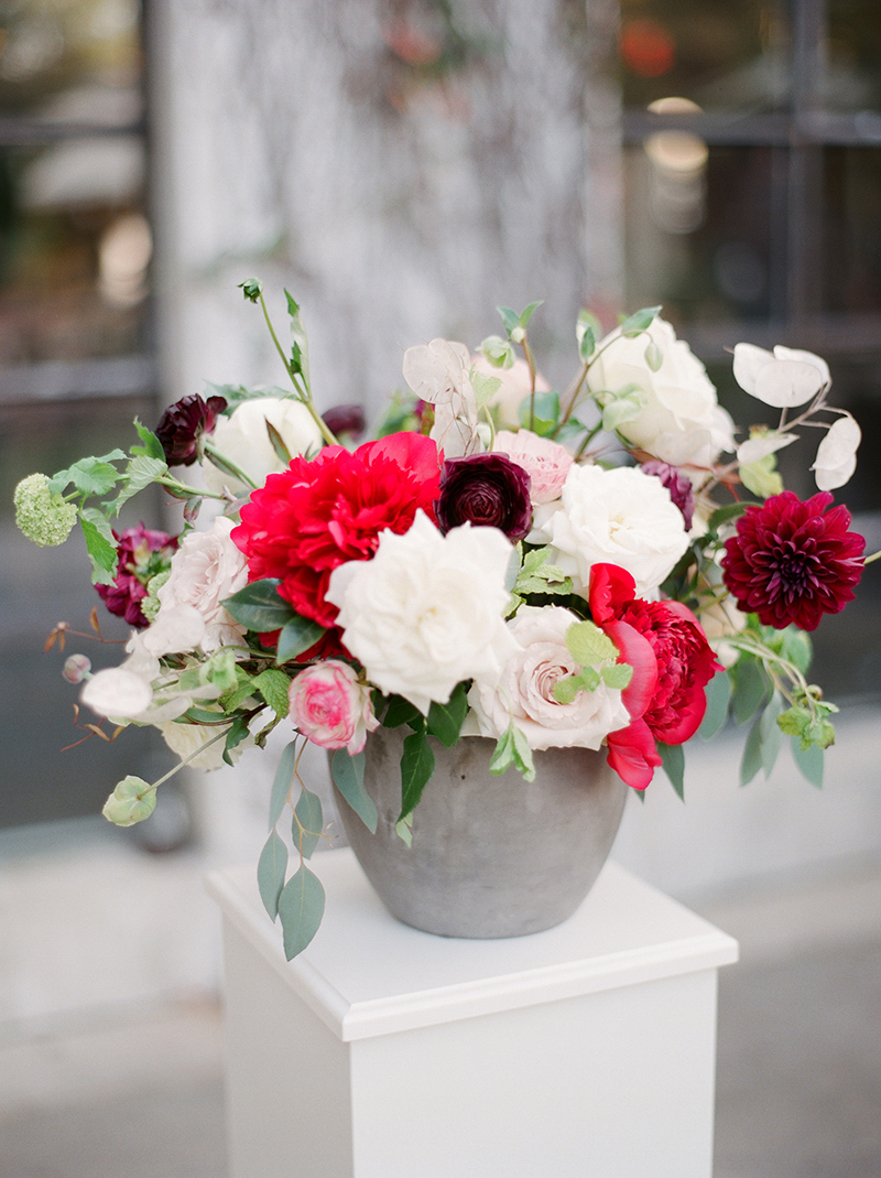 2-portrait-double-lanson-b-jones-floral-and-events-nancy-aidee-photography-oxblood-white-green-fall-wedding-tiny-boxwoods.jpg