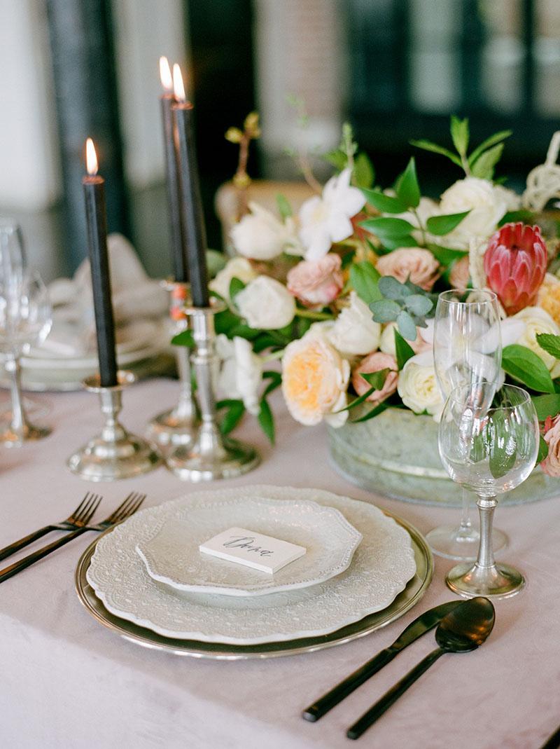 11-portrait-double-lanson-b-jones-floral-and-events-houston-wedding-florist-garden-inspired-florals.jpg
