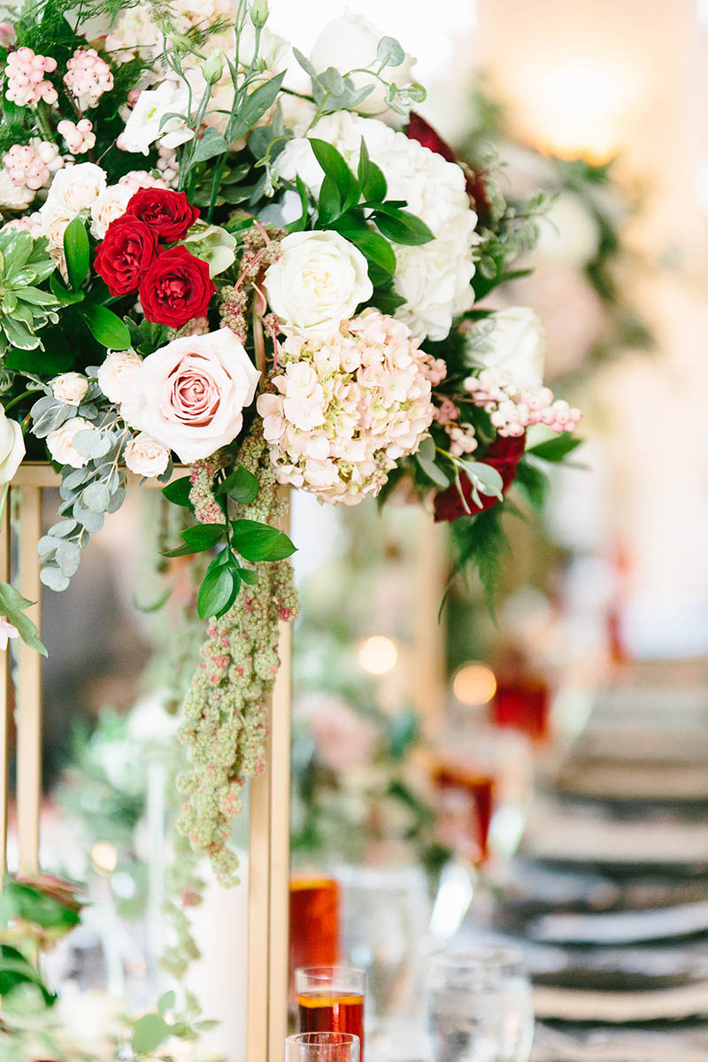 6-portrait-double-lanson-b-jones-and-co-floral-and-events-october-wedding-brennans-of-houston-wedding-florist.jpg