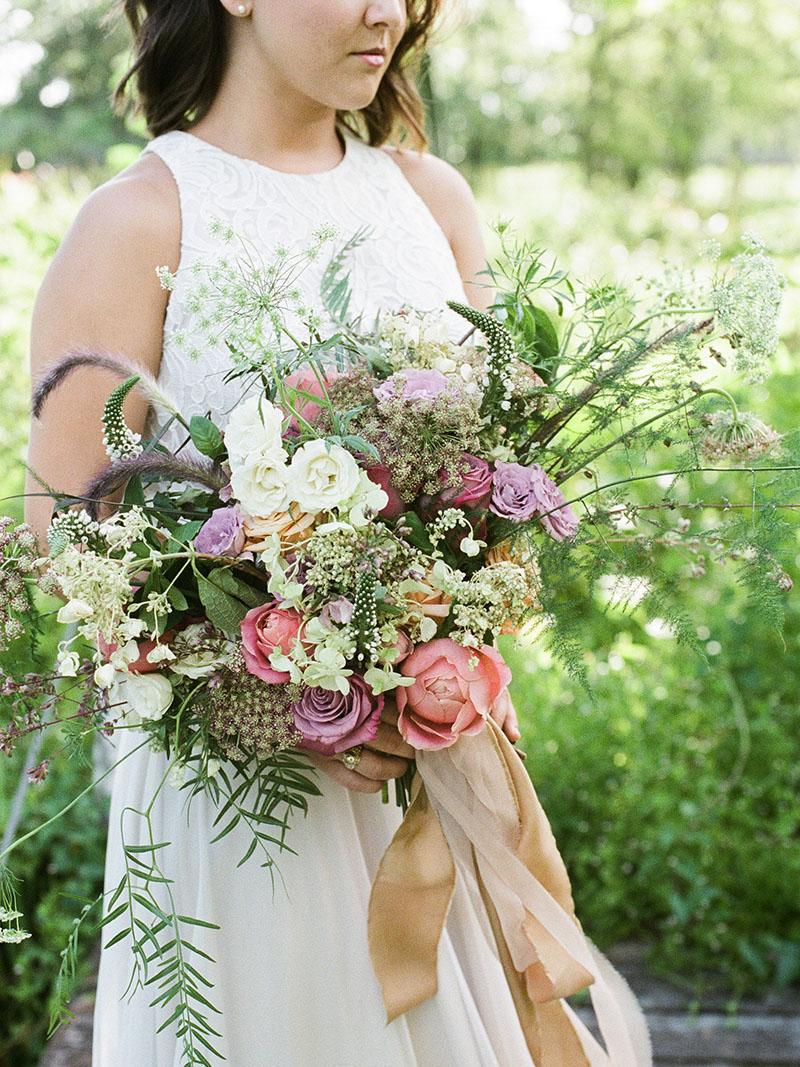 2-portrait-double-lanson-b-jones-and-co-floral-and-events-blush-lavender-summer-bouquet-1.jpg
