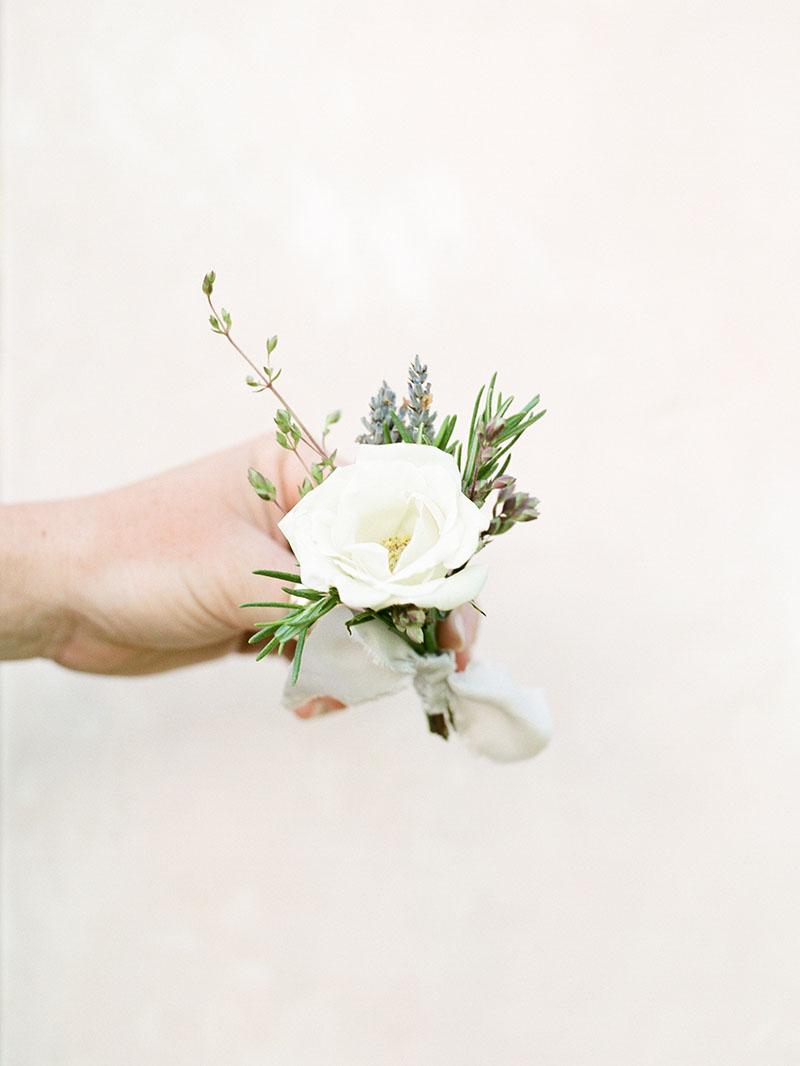 5-portrait-double-lanson-b-jones-and-co-floral-and-events-houston-texas-wedding-florist.jpg