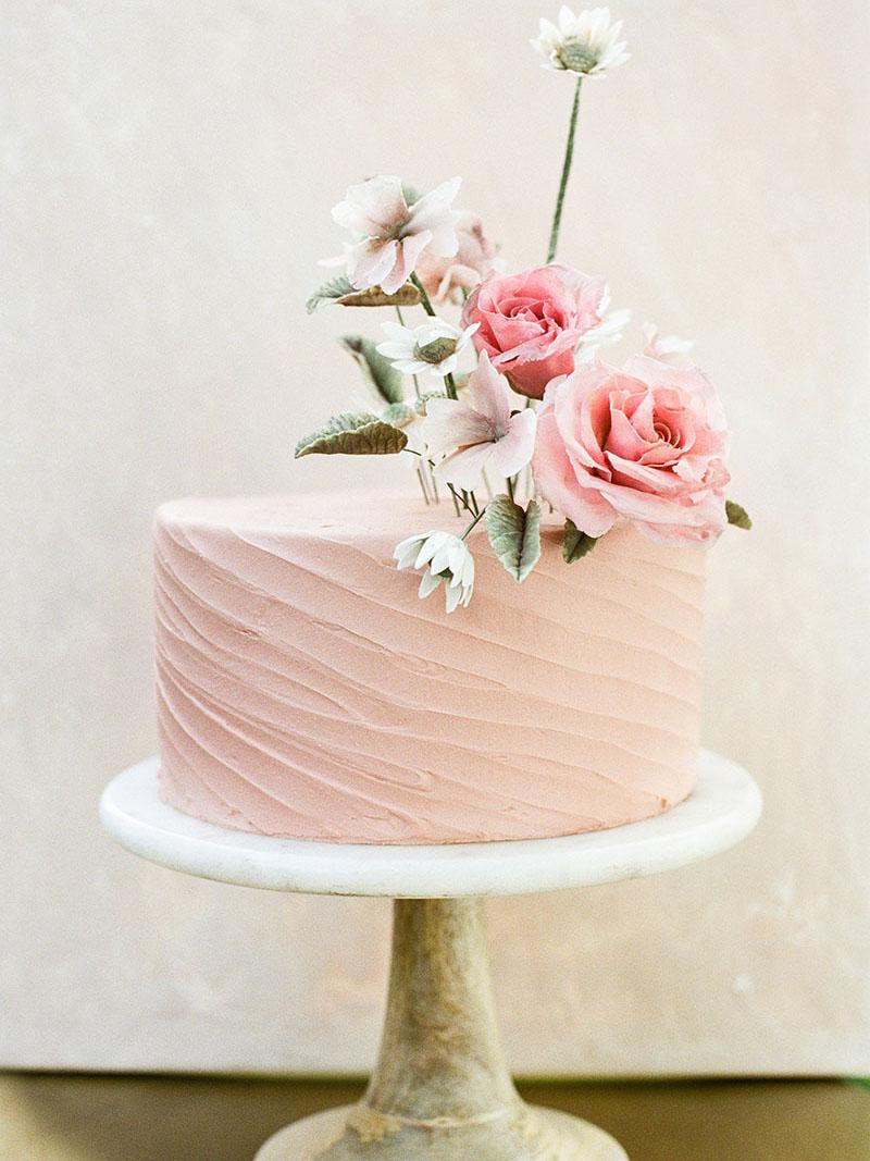 5-portrait-double-lanson-b-jones-and-co-floral-and-events-houston-wedding-florist-buttercup-bakery-1.jpg