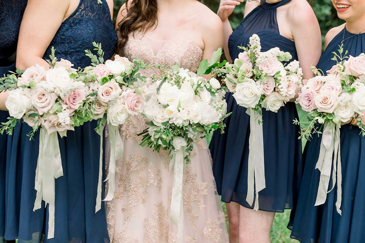 07-landscape-single-lanson-b-jones-and-co-floral-and-events-white-green-blush-houston-texas-spring-wedding.jpg