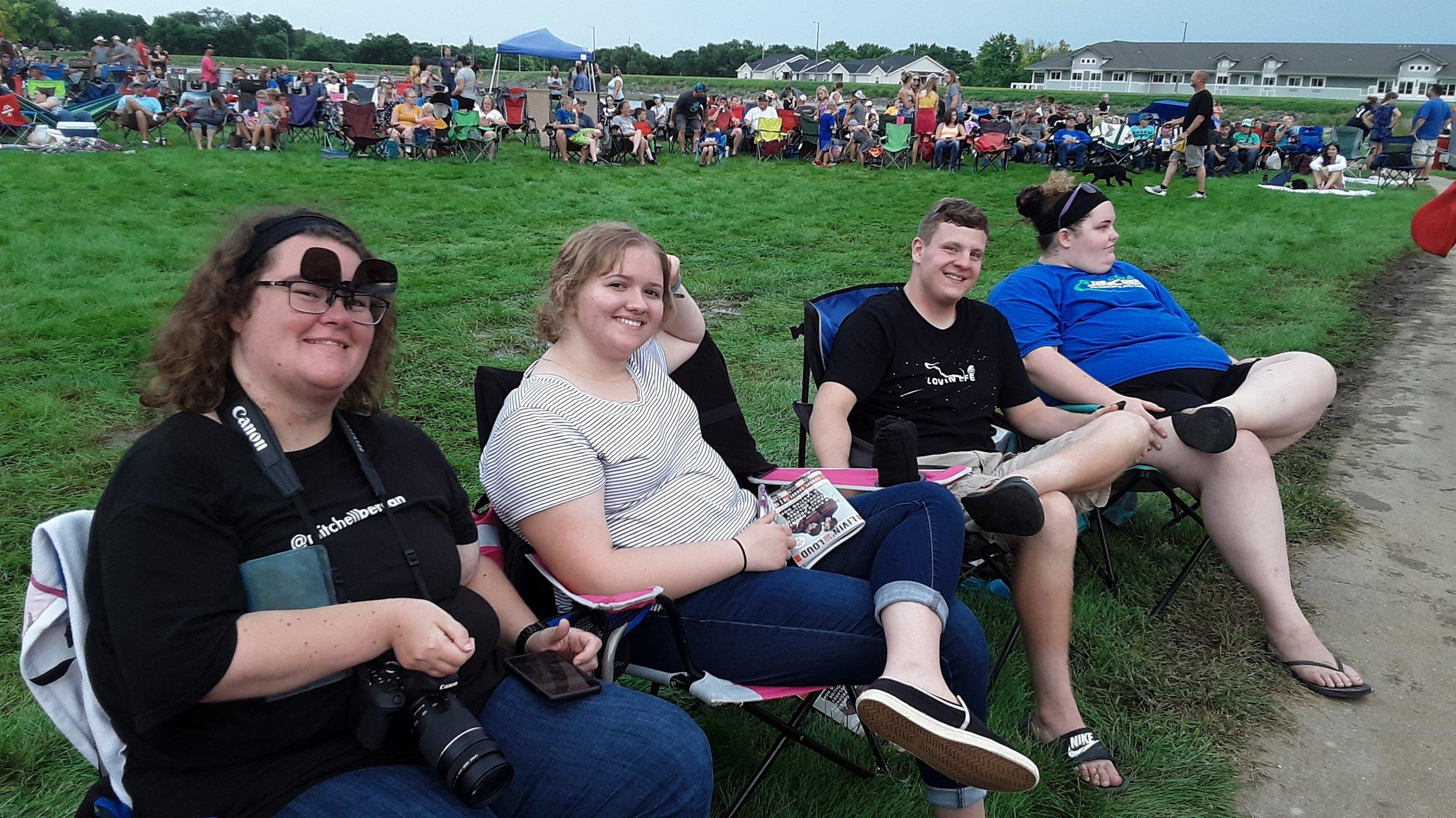 Concert goers (Mitchell Berean) .jpg