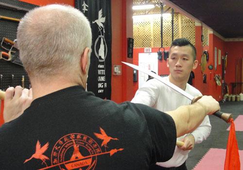 kung-fu-broadsword-2.JPG