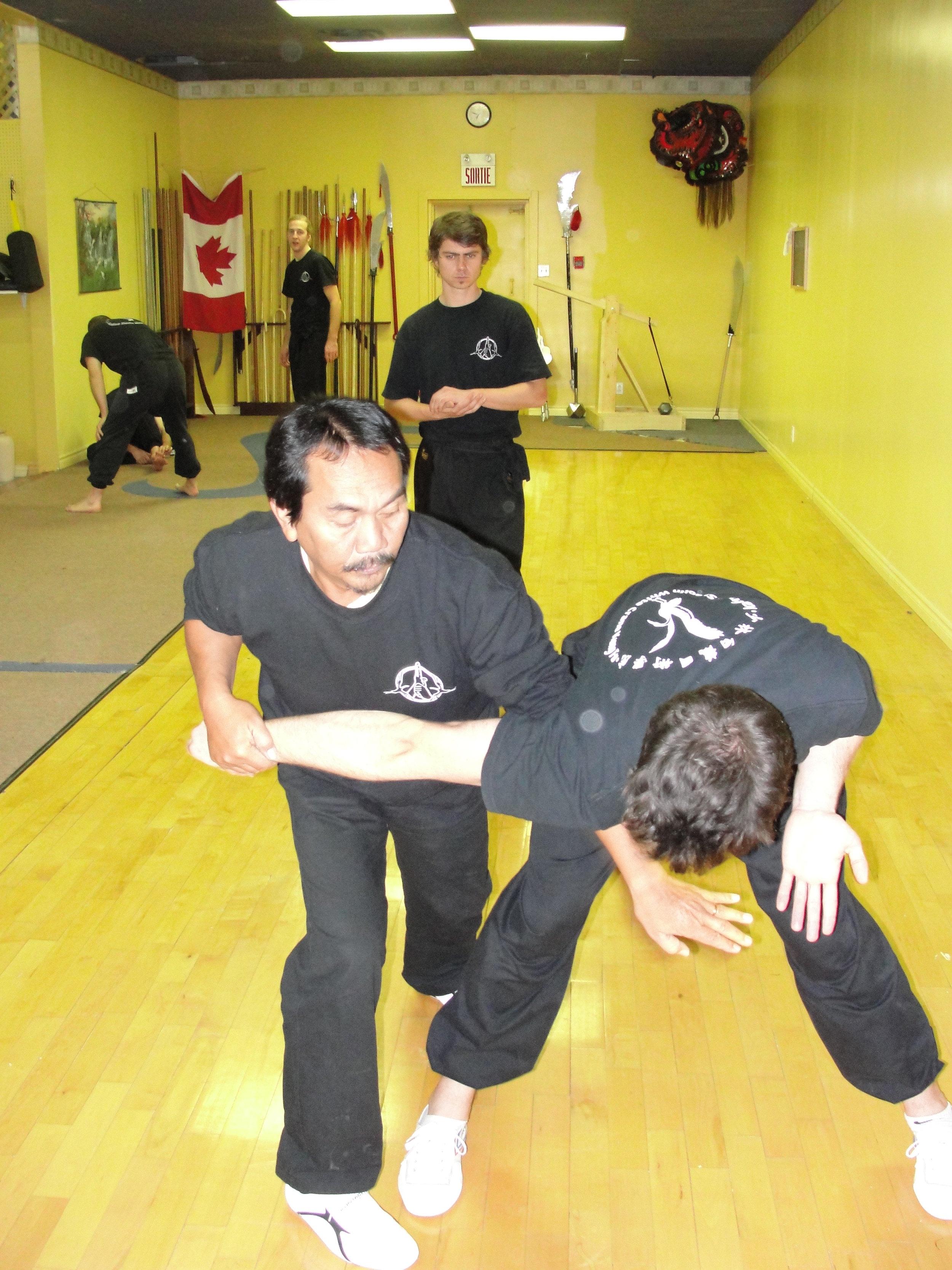 seld-defense-kung-fu-2.JPG