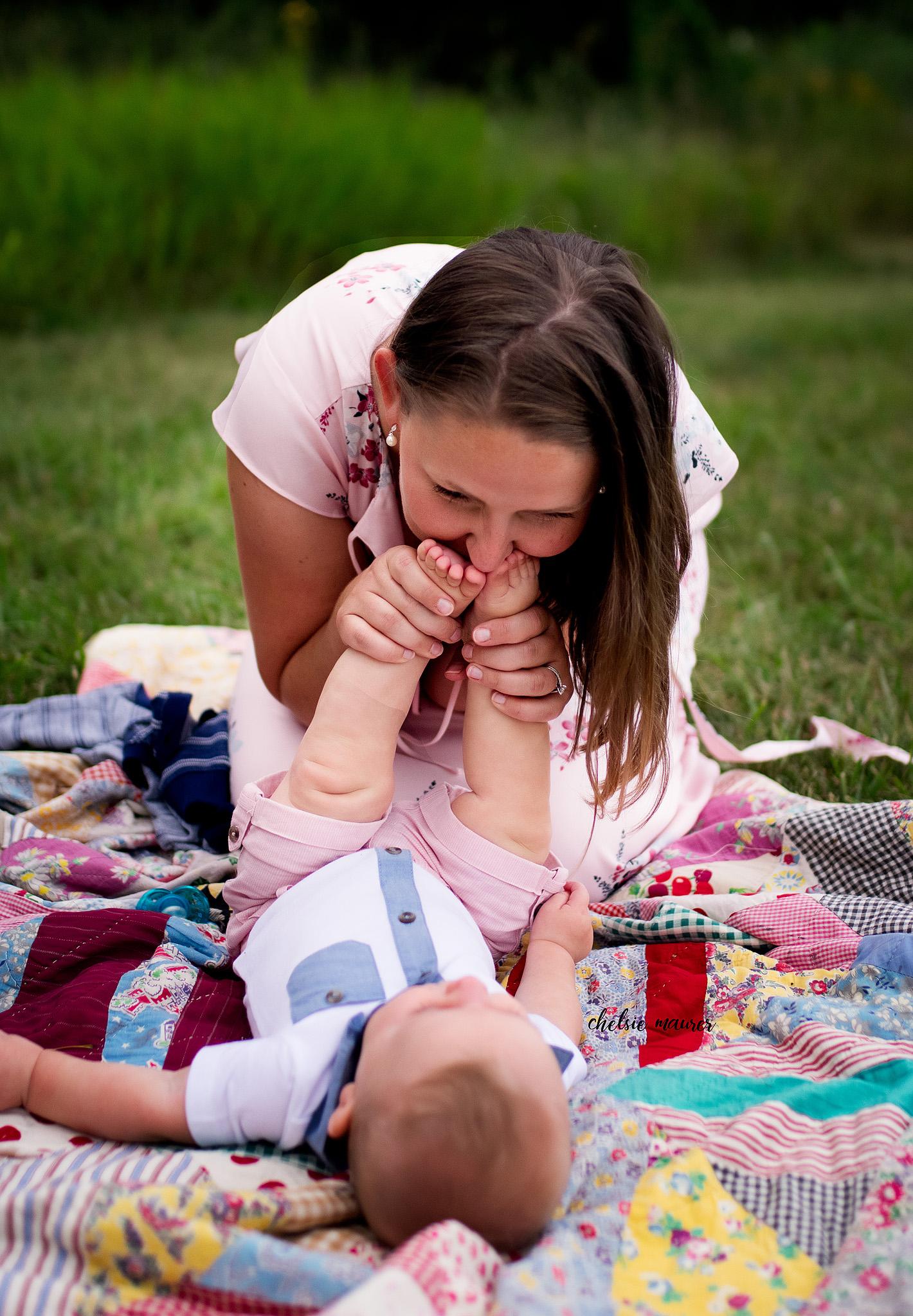 family photographer detroit mi (29).jpg