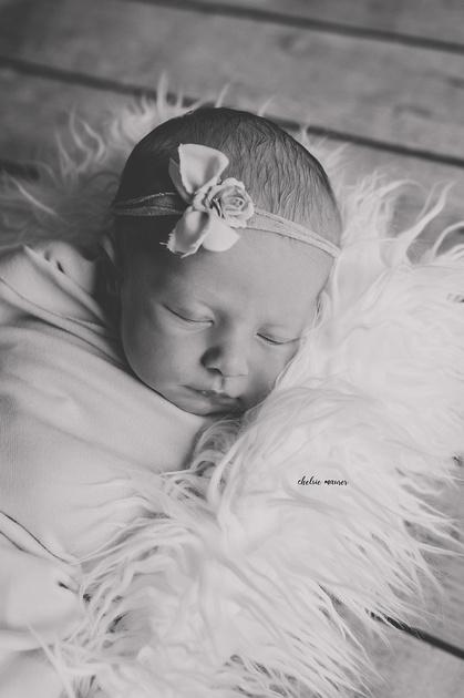 In-home Newborn Lifestyle Photography in Detroit MI