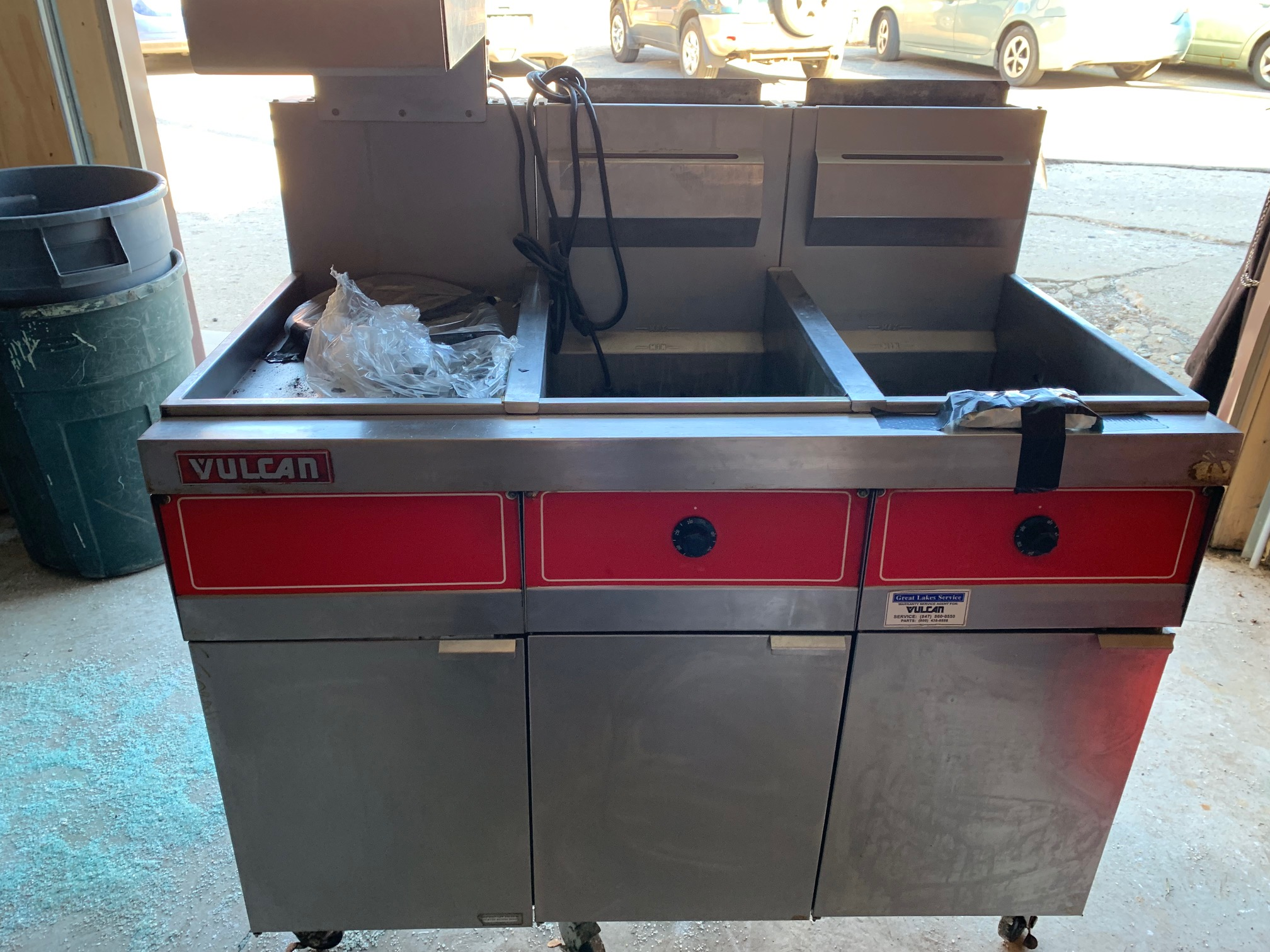Vulcan Double Fryer with Dump Station