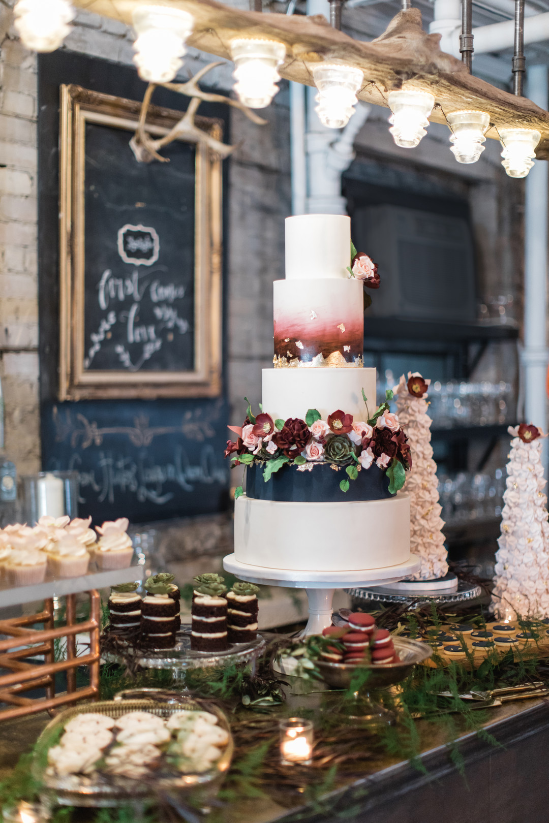 wedding cake bar2.jpg