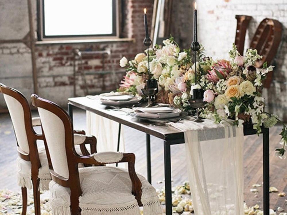 Wedding+Head+Table+for+2.jpg