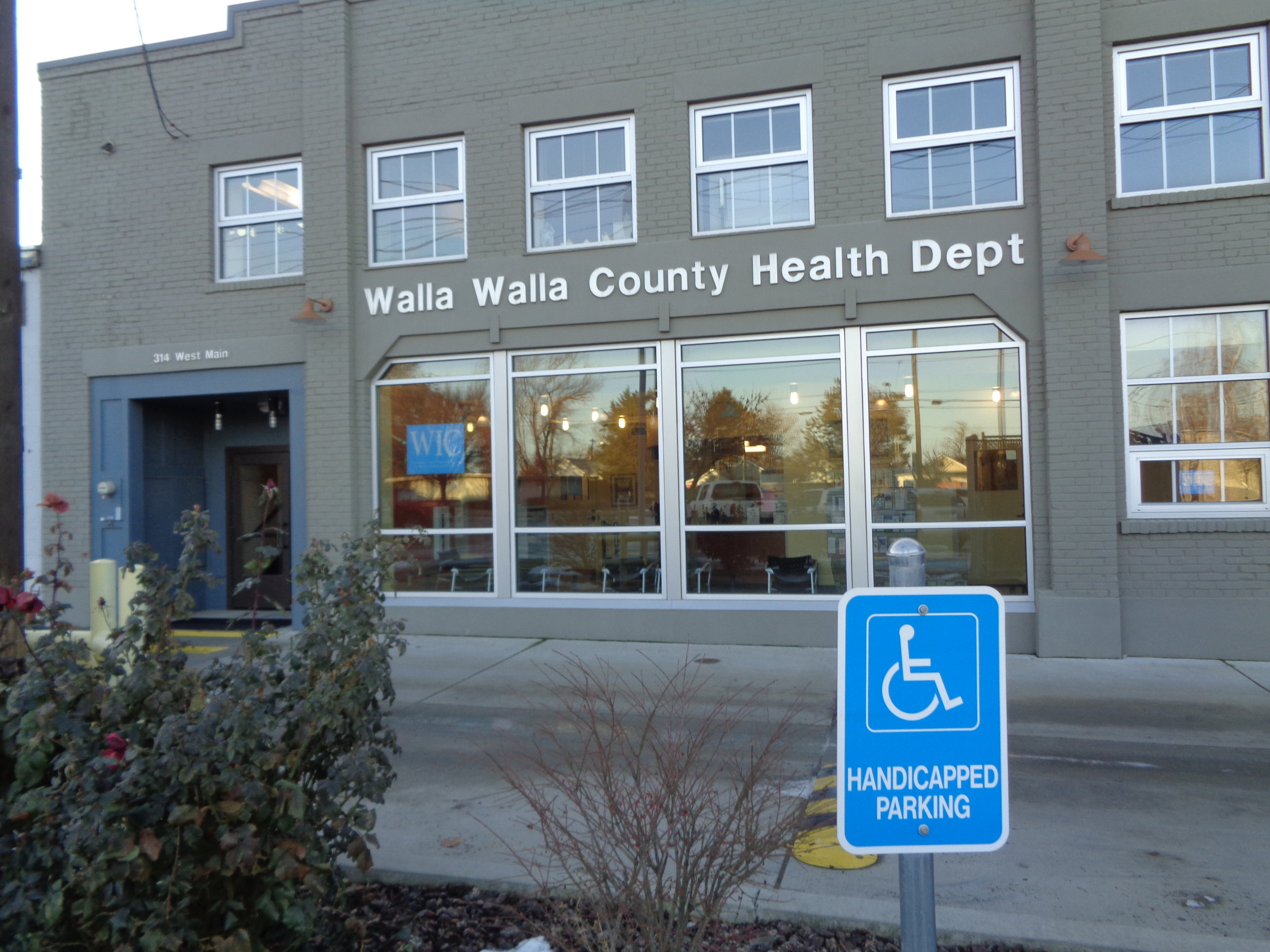 - The Walla Walla County Health Department, which is located at 314 W. Main Street in Walla Walla, is a full service public health department that serves all residents of the county. The department is operated by Walla Walla county government and is accredited by the Washington Department of Health. The mission of the department is to improve the quality of life of residents of Walla Walla County through disease prevention, health promotion, and public health protection. The vision of the department is to empower people to build a healthy, safe, and sustainable community.
