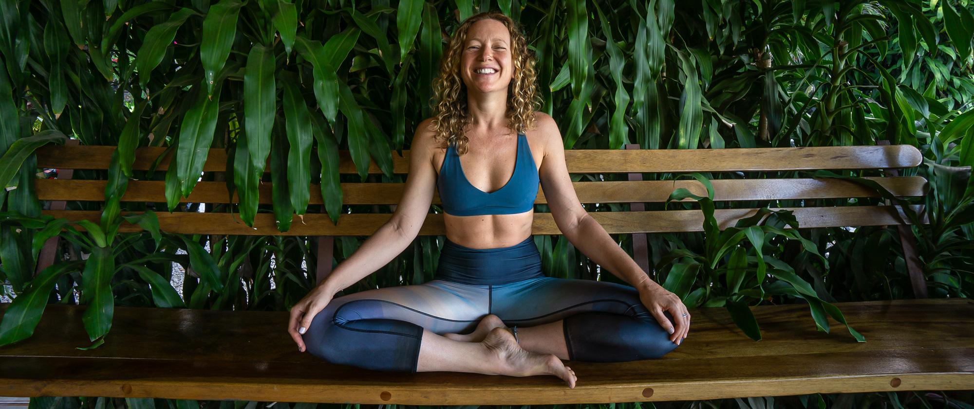 photo-horiz-aligned-flow-yoga-bio-bench-smile.jpg