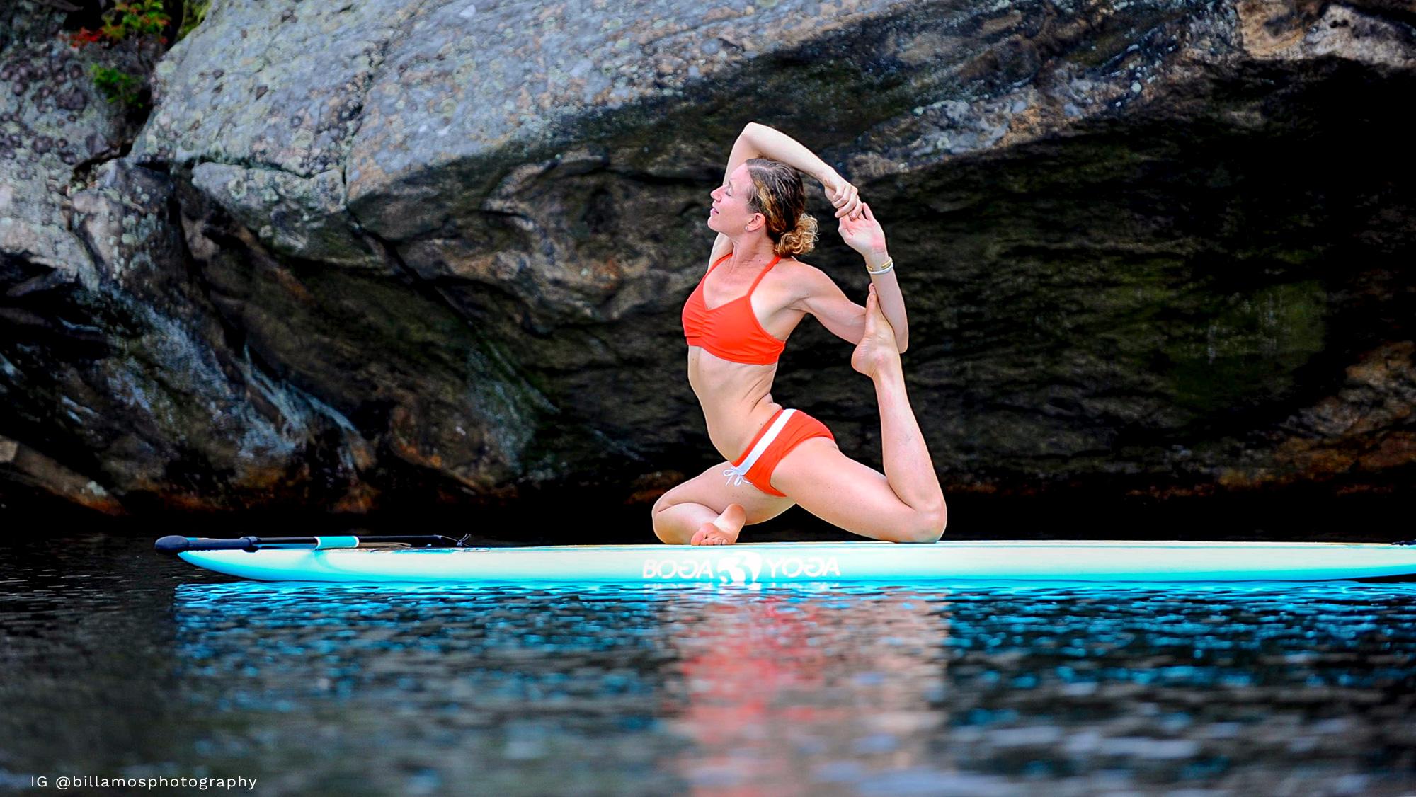 banner-aligned-flow-yoga-retreats-school-floating-studio1.jpg