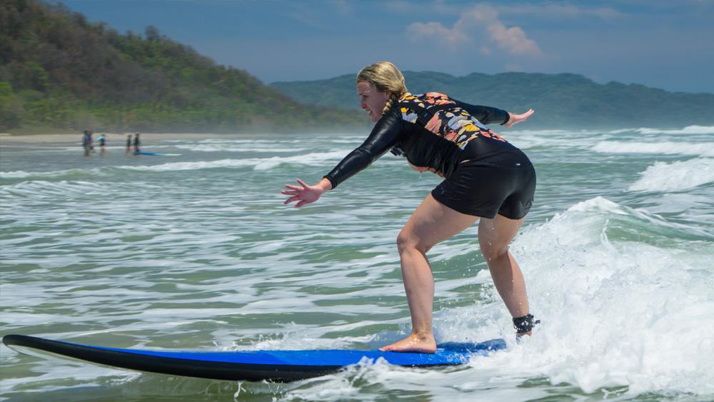 costarica-surfing-01.jpg